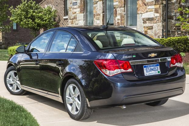 2014 Chevrolet Cruze Diesel Officially On Sale Featured Image Large Thumb0