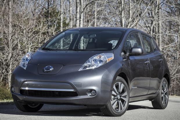 2013 Nissan Leaf Resale Value Forecast Lowered featured image large thumb0