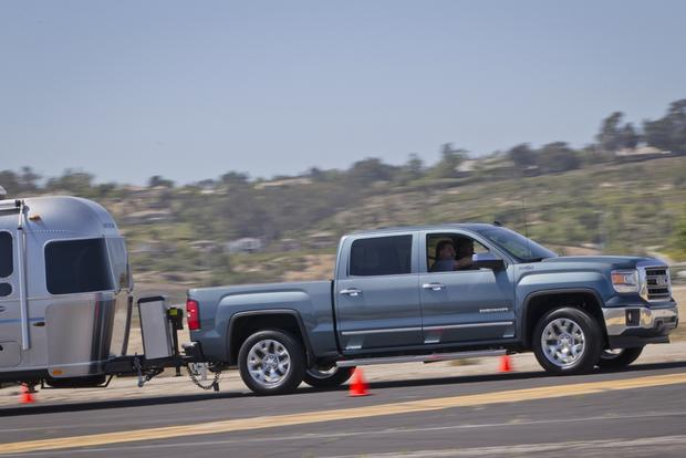 Video Series Shows 2014 GMC Sierra Towing Features featured image large thumb0