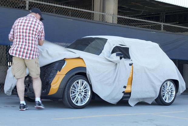 Next-Gen MINI Cooper Teased in Paparazzi Photo featured image large thumb0