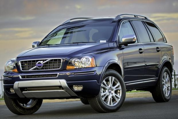 All New Volvo XC90 Raises the Bar on Safety featured image large thumb0