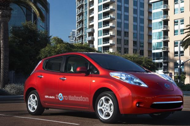 Off-Peak Charging for Electric Cars Saves Drivers Money featured image large thumb0