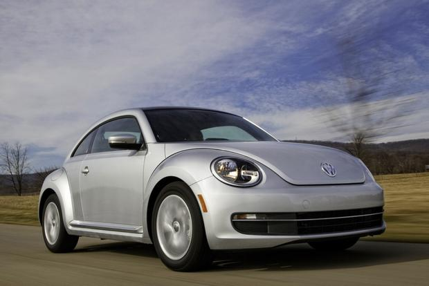 Volkswagen Beetle Earns IIHS Top Safety Pick Honors featured image large thumb0
