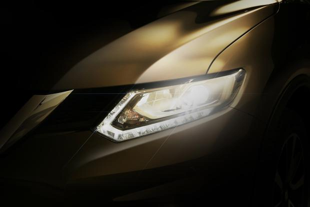 2014 Nissan Rogue Teased Ahead of Launch featured image large thumb0