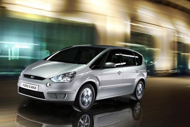 Ford S-Max Concept to Debut at Frankfurt featured image large thumb0