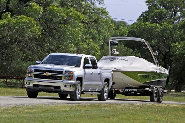 2014 Chevrolet Silverado and GMC Sierra Deliver Class-Leading Pickup Power featured image large thumb0