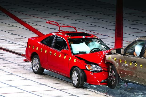 Small Cars Perform Well in New Safety Test featured image large thumb0
