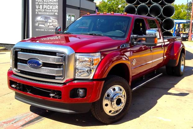 Ford Introduces 2015 F-Series Super Duty featured image large thumb0