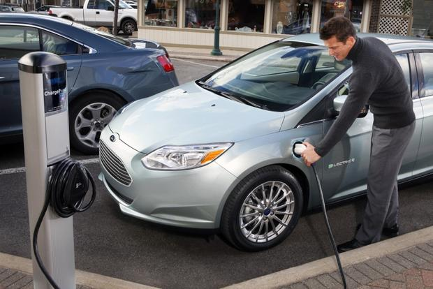 EV Drivers and Automakers Celebrate National Plug In Day featured image large thumb0