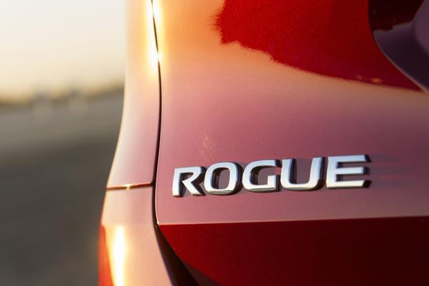 Outgoing Nissan Rogue to Stick Around as Rogue Select featured image large thumb0