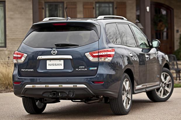 2014 Nissan Pathfinder Hybrid Starts Under $36,000 featured image large thumb0