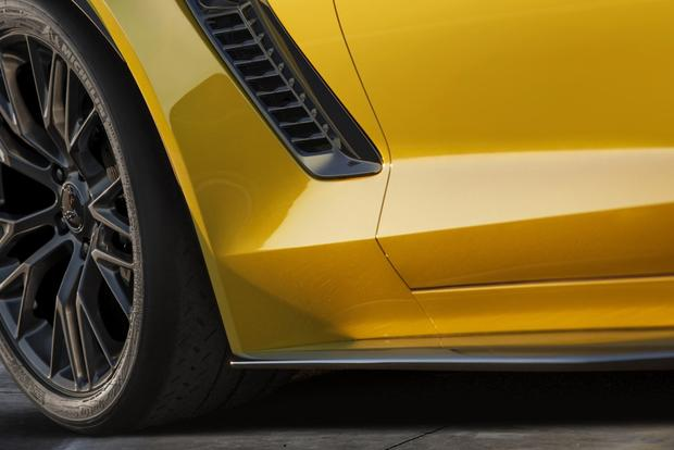 2015 Chevrolet Corvette Z06 to Debut at Detroit featured image large thumb0