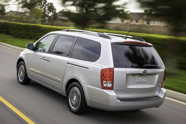 2014 Kia Sedona Receives 5-Star Safety Rating featured image large thumb0