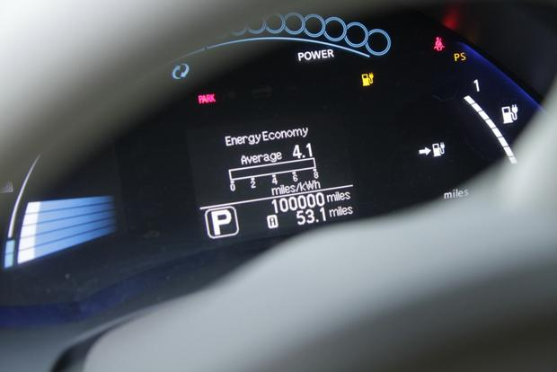Nissan Leaf Owner Reaches 100,000 All-Electric Miles featured image large thumb0