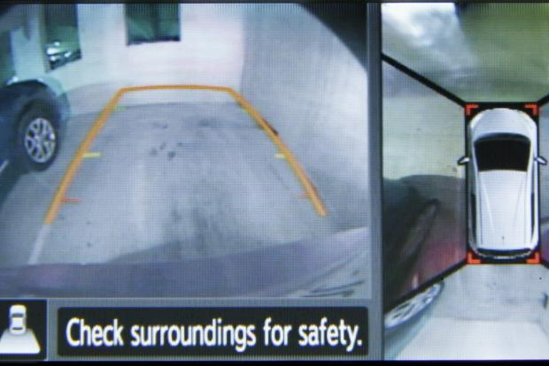 NHTSA Aims to Make Backup Cameras Mandatory by 2015 featured image large thumb0