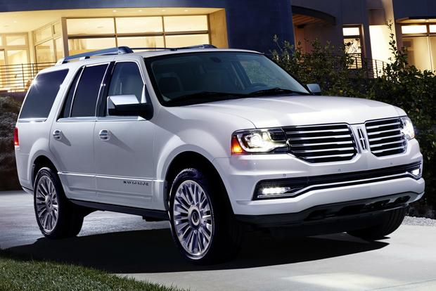 2015 Lincoln Navigator Receives Refreshed Design and EcoBoost Engine featured image large thumb0