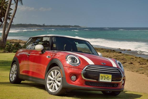 Redesigned 2014 MINI Cooper Price Announced featured image large thumb0