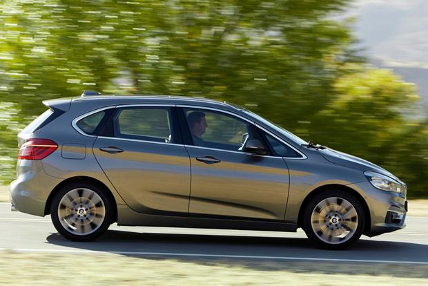 2015 BMW 2 Series Active Tourer Revealed Ahead of Geneva featured image large thumb0