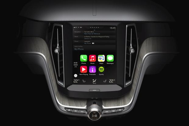 Volvo's New In-Car Tablet Offers a Distraction-Free Tech Experience featured image large thumb0
