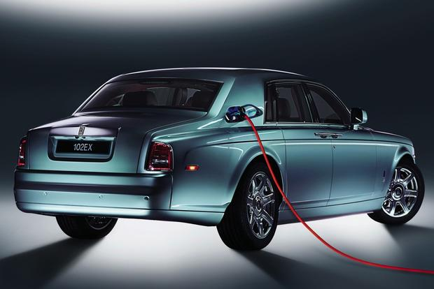 Rolls-Royce Plug-In Hybrid Coming in Next 3 Years featured image large thumb0