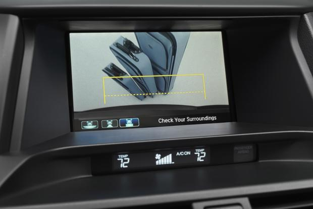 Acura and Honda Backup Camera Earns Safety Recommendation featured image large thumb0