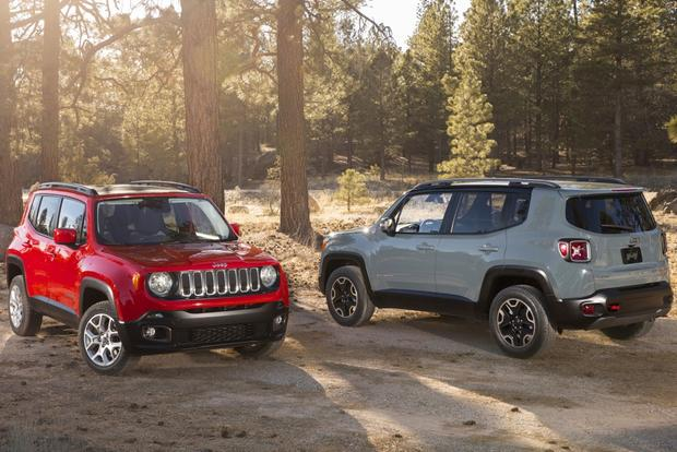 2015 Jeep Renegade to Go on Sale Sooner than Expected featured image large thumb0