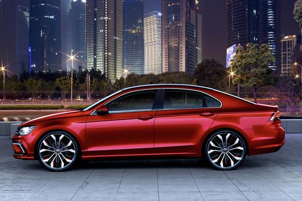 Volkswagen New Midsize Coupe concept: Beijing Auto Show featured image large thumb0