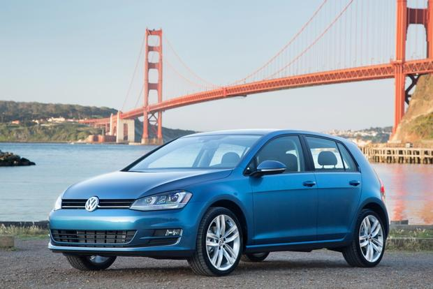2015 Volkswagen Golf Pricing Announced featured image large thumb0