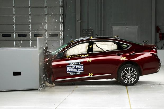 2015 Hyundai Genesis Awarded IIHS Top Safety Pick+ Rating featured image large thumb0