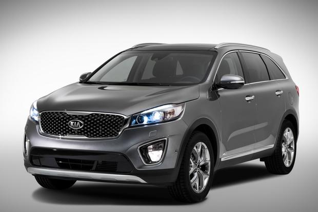 2016 Kia Sorento Teaser Photos Officially Released featured image large thumb0