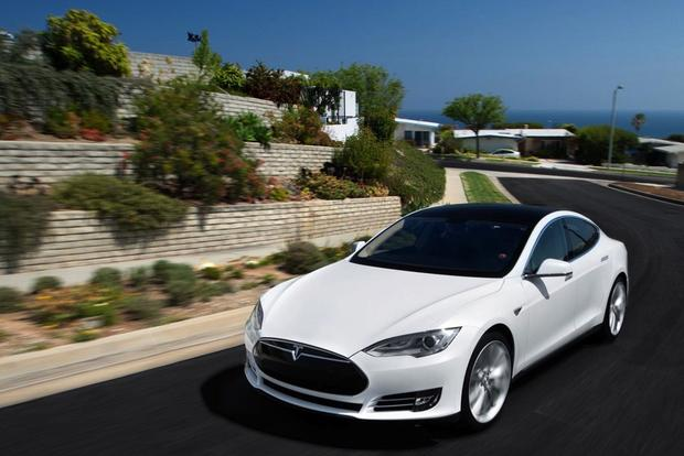 Tesla Model S Getting New Navigation Features, Other Enhancements featured image large thumb0
