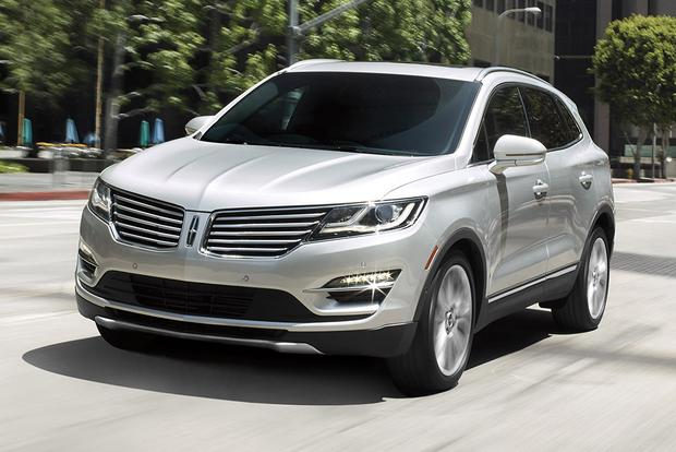 2017 Lincoln MKC Going on Sale Soon With a Few Changes featured image large thumb0