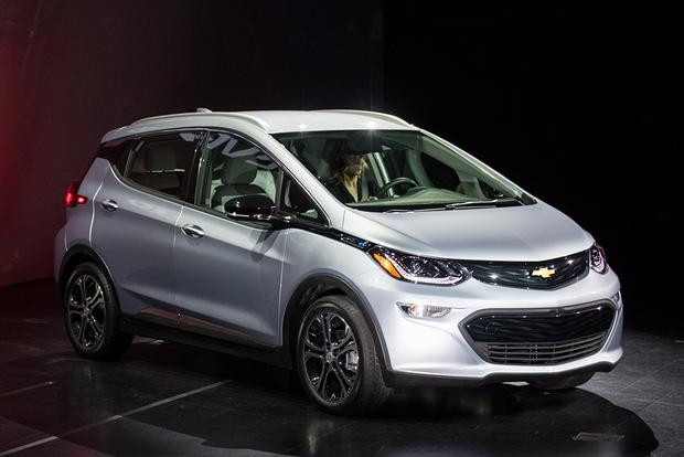 2017 Chevrolet Bolt EV to Enter Production in October featured image large thumb0