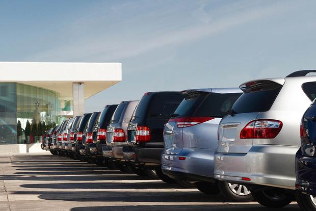 AutoNation to Add Used Vehicle Stores in Brand Overhaul featured image large thumb0