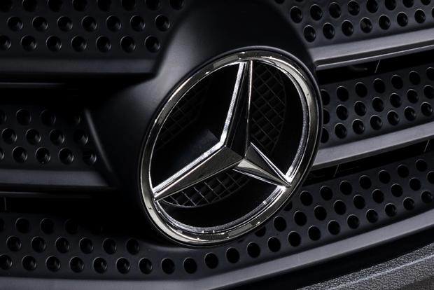 Mercedes-Benz Teams Up With Uber featured image large thumb2