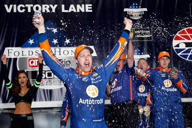 Autotrader-Sponsored Brad Keselowski Wins Honor QuikTrip 500 NASCAR Race featured image large thumb0