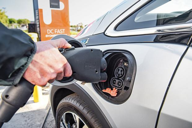 GM Promises 20 New Electric Vehicles by 2023 featured image large thumb0