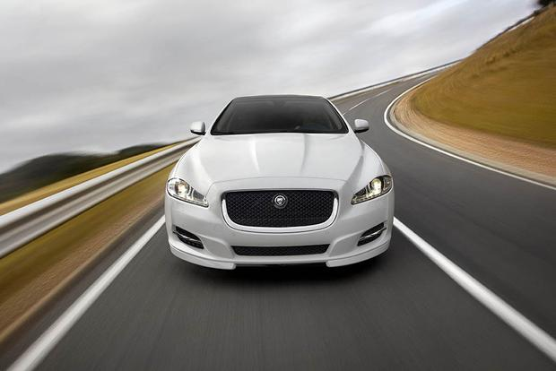 The Modern Jaguar XJ Is Now an Amazing Used-Car Deal featured image large thumb0
