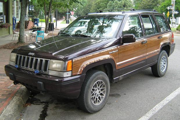 Jeep Used to Sell a Woody Grand Cherokee featured image large thumb0