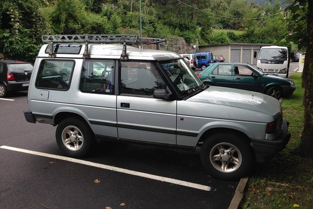 Land Rover Discovery 2 >> Did You Know There Was A 2 Door Land Rover Discovery Autotrader