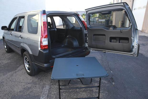 Every Honda CR-V Used to Come With a Picnic Table in Back featured image large thumb0