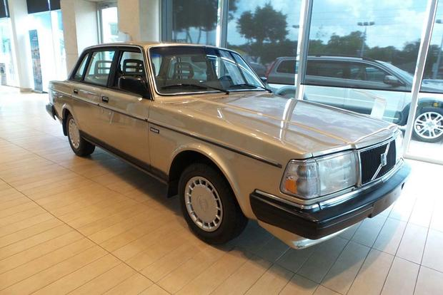 Autotrader Find One Owner Volvo 240 With 56 000 Miles