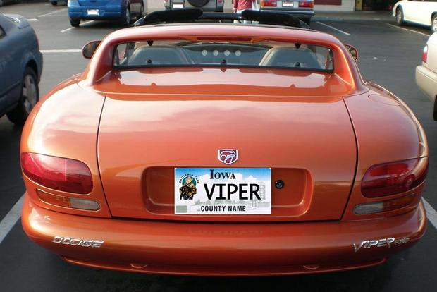 Here Are All the Cars With the Vanity License Plate VIPER Across the Country featured image large thumb0