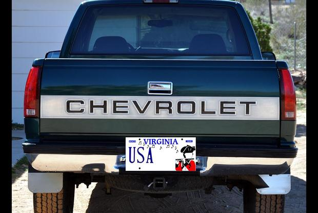 "Here Are All the Cars With the Vanity License Plate ""USA"" Across the Country featured image large thumb0"