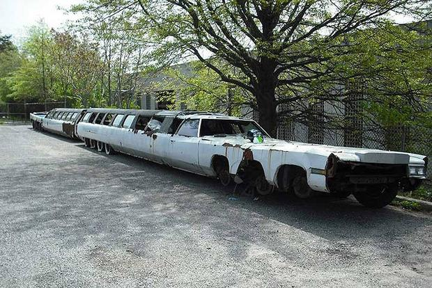 The Sad Fate of the World's Longest Limo featured image large thumb0