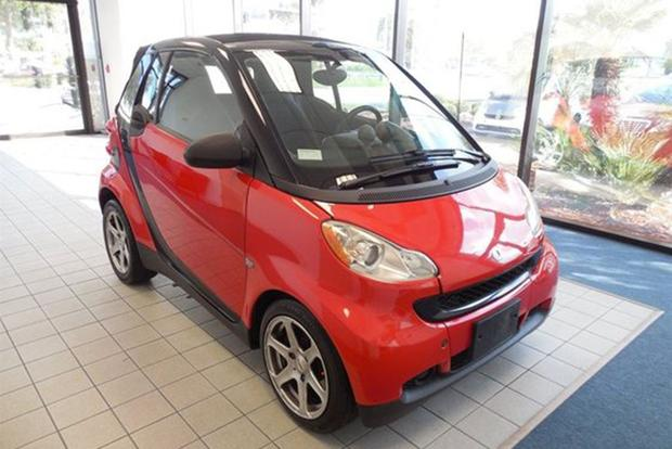 Autotrader Find: smart fortwo With 161,000 Miles featured image large thumb0