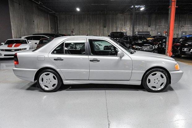 Mercedes-Benz C36 and C43: The Forgotten AMGs featured image large thumb0