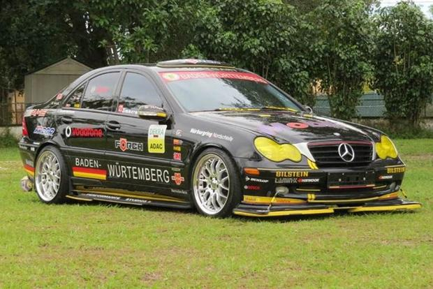 Autotrader Find: 2004 Mercedes C230 With Race-Car Looks featured image large thumb0