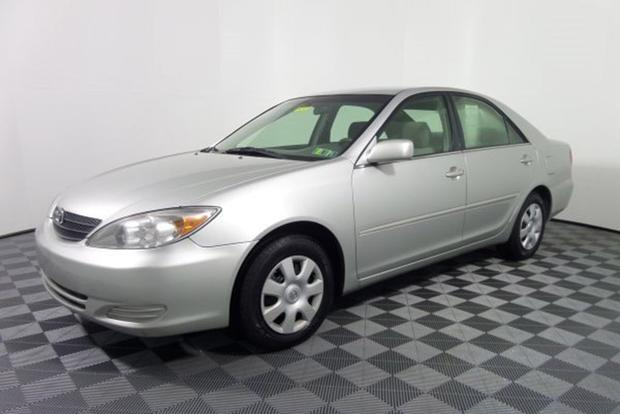 Autotrader Find: 2002 Toyota Camry With 529,000 Miles featured image large thumb0