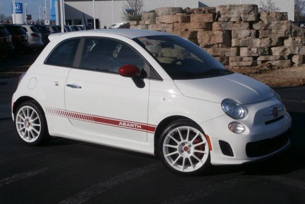 A Used FIAT 500 Abarth Is a Truly Amazing Deal featured image large thumb0